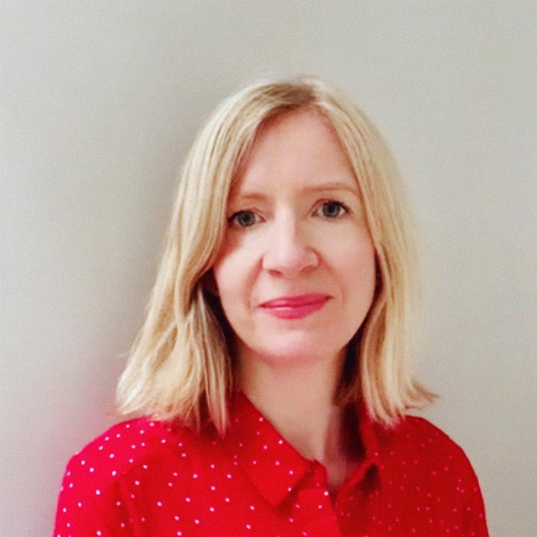 Headshot of Amy Lawrence
